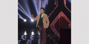 """حمزة لبيض""  يفوز بلقب the voice kids‎"